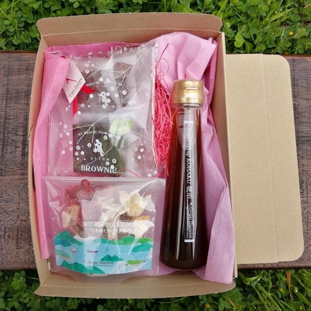 【贈答箱入り】 ジンジャーシロップ琥珀 100ml×1本,ブラウニー×2個、生姜糖と瀬戸内季節のドライフルーツ